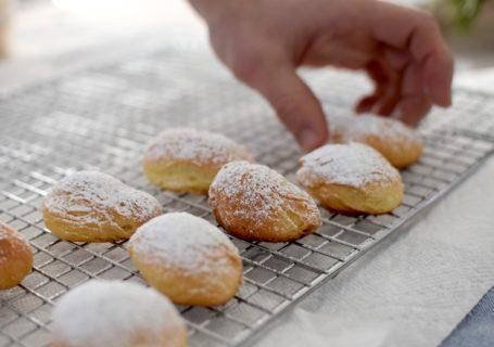 Crescent cookie recipe for Ukrainian Christmas